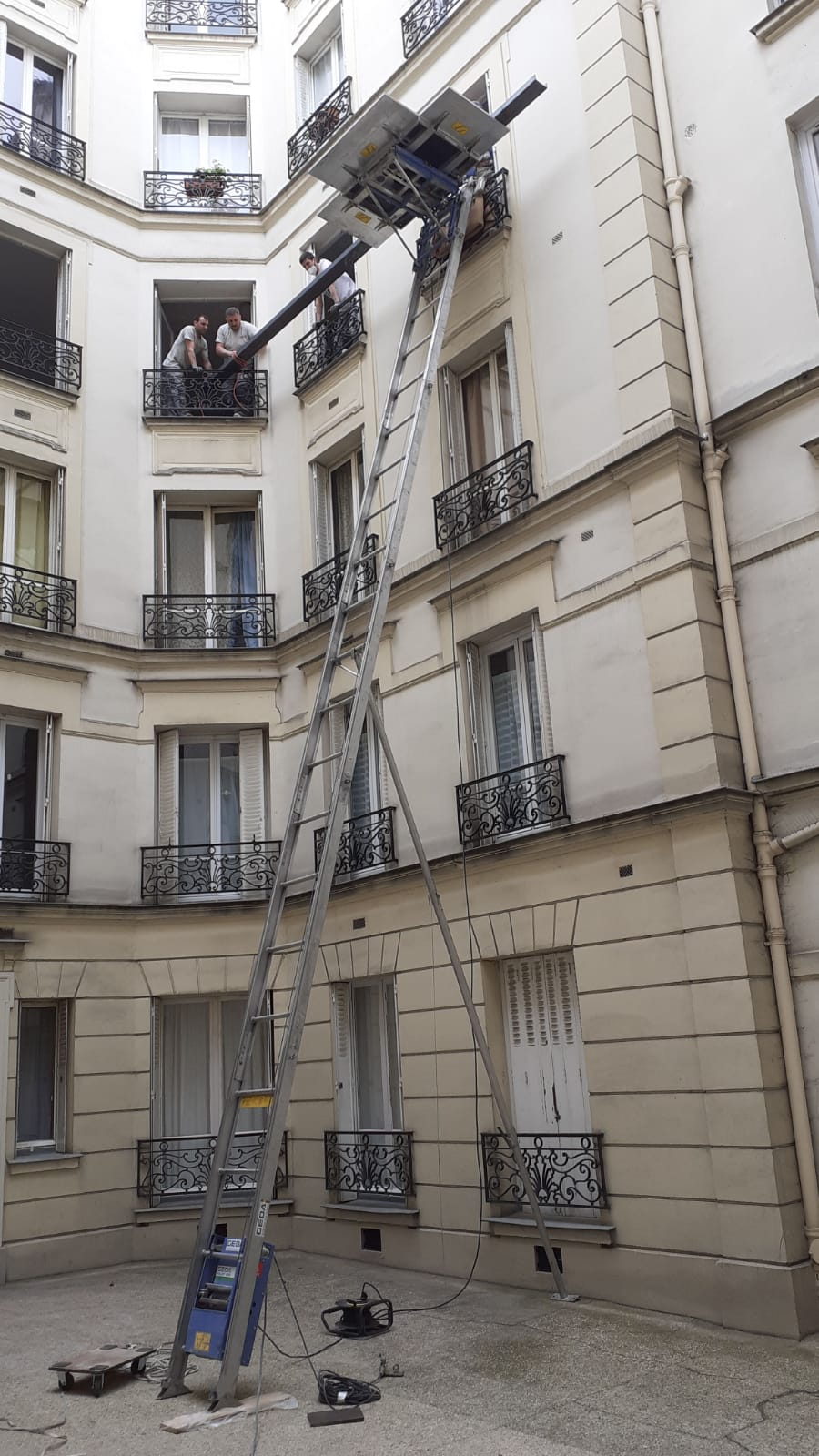echelle emboitable chantier paris
